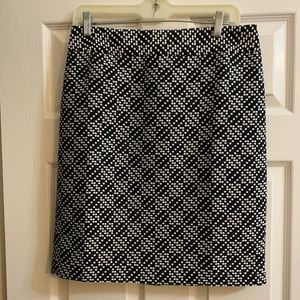 Ann Taylor black and white pixilated pencil skirt